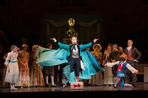 Gary_Avis_as_Drosselmeyer_c_ROH_-_Bill_Cooper_2012.jpg