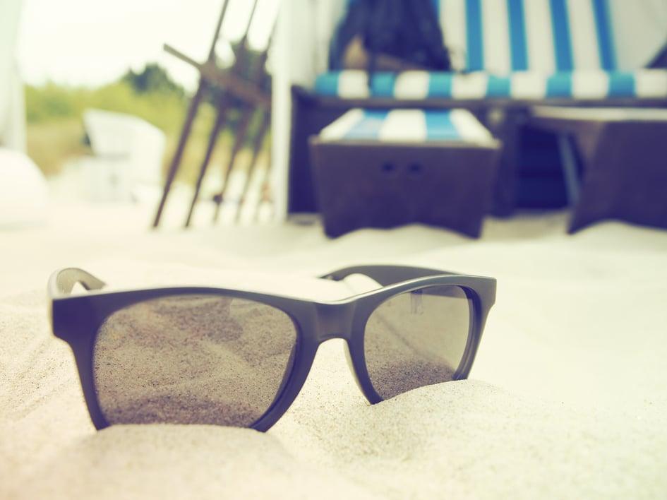 des lunettes de soleil cadeaux d'affaires